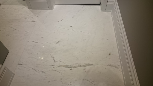 FLOOR - cut to size floor made of drama white marble