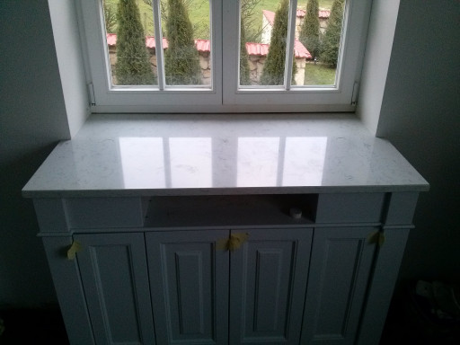 WINDOW SILLS made of white and grey quartz conglomerate