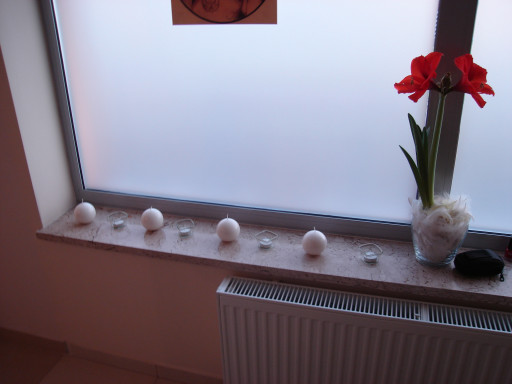 WINDOW SILLS made of beige marble